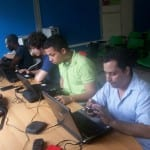 Copiando información y ultimando detalles desde nuestras laptops (Foto 2)